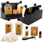 Tapputi 8pc Grapefruit Bath Set in Wooden Box