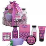 Wire Basket Strawberry and Wild Honey Bath Set